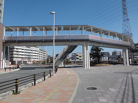 南海電鉄白鷺駅前ペデストリアンデッキ