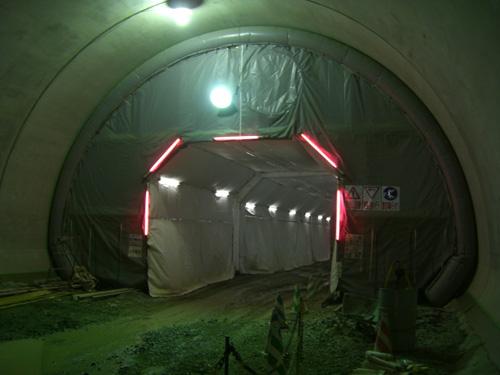 セントル養生+コンクリート湿潤養生システム