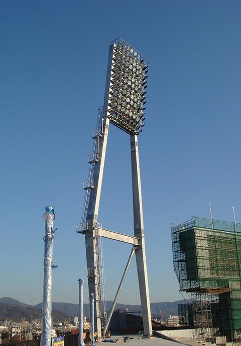 新広島市民球場照明鉄塔